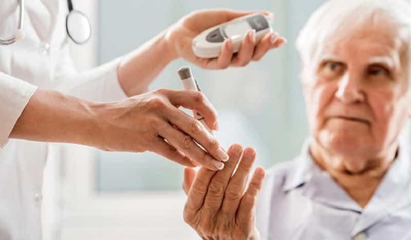 7 lợi ích của đông trùng hạ thảo với người cao tuổi